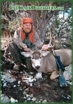Cat Track Outfitters - deer hunting in Western Colorado - rifle season